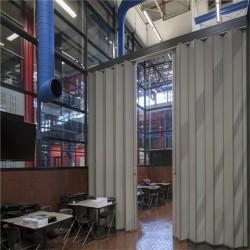 Πλάτος από 120 έως 131 cm, Ύψος έως 303 cm, Πτυσσόμενη πόρτα